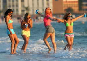 spring-breakers-photos-4f6c69668731c[1]