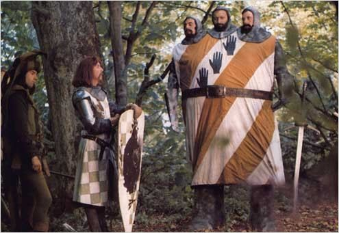 Monty Python : Sacre Graal Monty Pyton and the holy Graal 1974 real : Terry Jones et Terry Gilliam COLLECTION CHRISTOPHEL